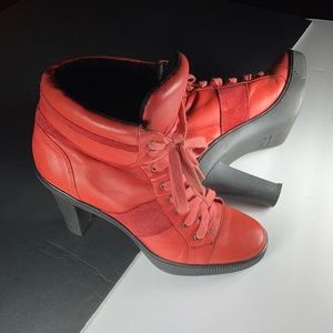 D: Fuse Scandinavian Awesome Red Ankle Boots 🗻🕊